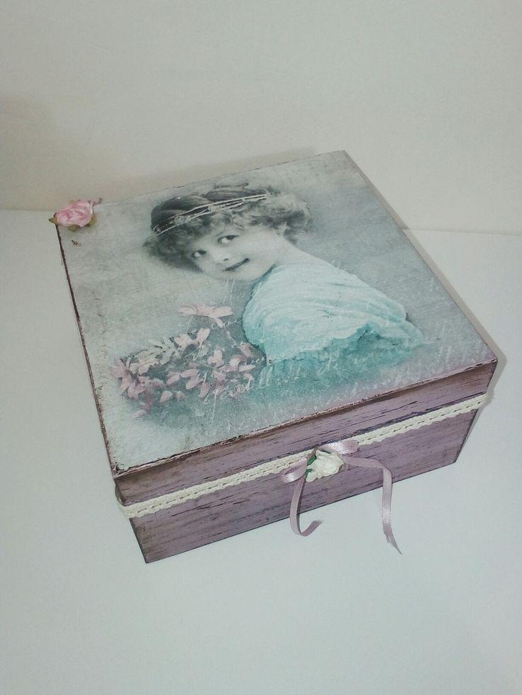 Diy wooden box. Transfer photos to wood.