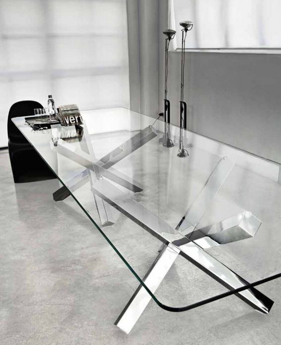 Aikido table by Sovet Italia  www.sovet.com  #design #interiordesign #glassdesign