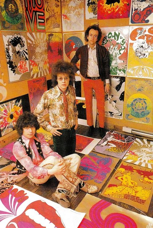 Left to right: Psychedelic poster artists Michael English and Nigel Waymouth otherwise known as Hapshash and The Coloured Coat with record producer Guy Stevens (1967). Photographer: Patrick Ward. Image scanned by Sweet Jane.