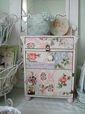 Oooh, do the dresser in my bedroom like this, it's so Shabby Chic . . .love it!