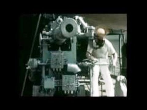 ▶ Indonesia, 1939- The Dutch East Indies Prepares for War- Tempo Doeloe - YouTube