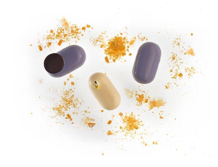 Violette. Violet petals jam, yoghurt mousse, glasaz ivoire, sable 'Brittany and praline feuilleté. Qzine 3d issue. www.qzine.gr