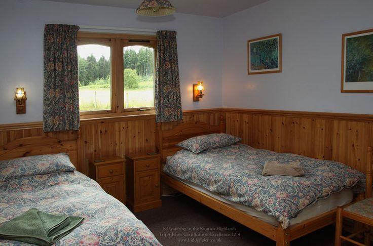Lodge twin room.