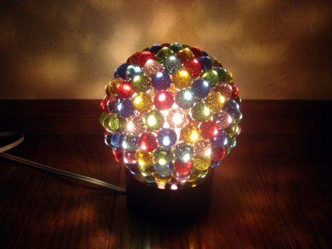 簡単なのに超キレイ♪ ビー玉でできる幻想的なランプシェードのつくりかた