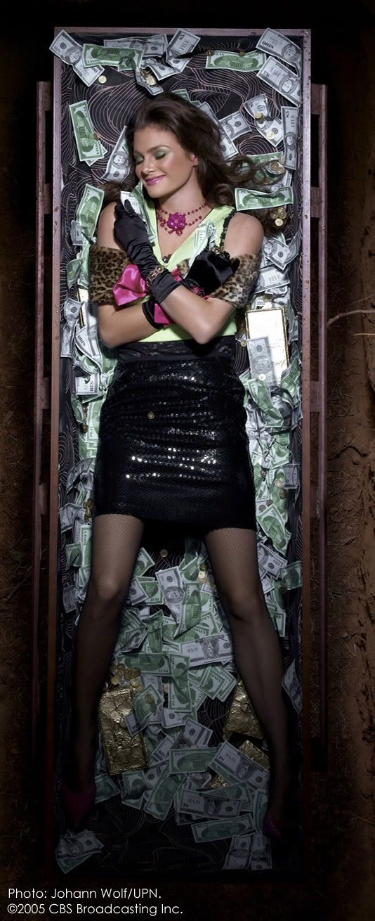 """Tatiana Dante, """"Greed"""" . America's Next Top Model, Cycle 4 >  Photo Shoot 7: 7 Deadly Sins in a graveyard [HQ]"""