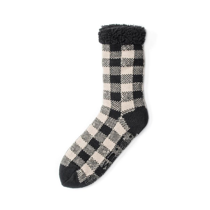 Casual or Dressy, you can't go wrong with our men's MUK LUKS cabin Socks. These cabin socks are available in our beachwood color. This sock is available in sizes S/M (8-10) and L/XL (11-13) and should