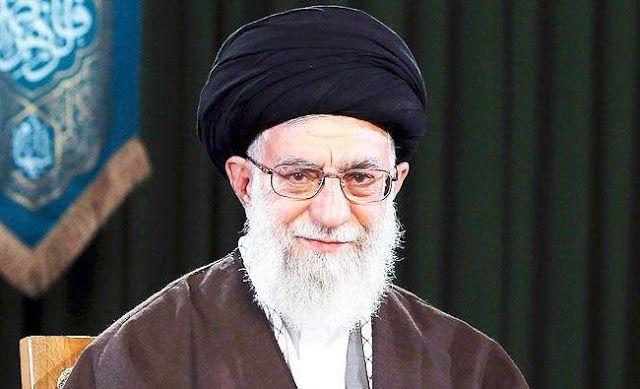 """Khamenei berbicara tentang kesetaraan gender  Pemimpin tertinggi Syi'ah Iran Ayatollah Ali Khamenei (Arab News)  Pemimpin Tertinggi Syi'ah Iran Ayatollah Ali Khamenei mengklaim isu kesetaraan gender adalah """"rencana Zionis"""" merusak peran perempuan dalam masyarakat. Dalam pertemuan para penceramah Syi'ah Khamenei meminta Iran menolak ide feminis dan menjadikan Fatimah (putri Nabi Muhammad) sebagai figur ideal. Seperti diketahui Fatimah dikultuskan menurut keyakinan Syi'ah dengan dianggap…"""
