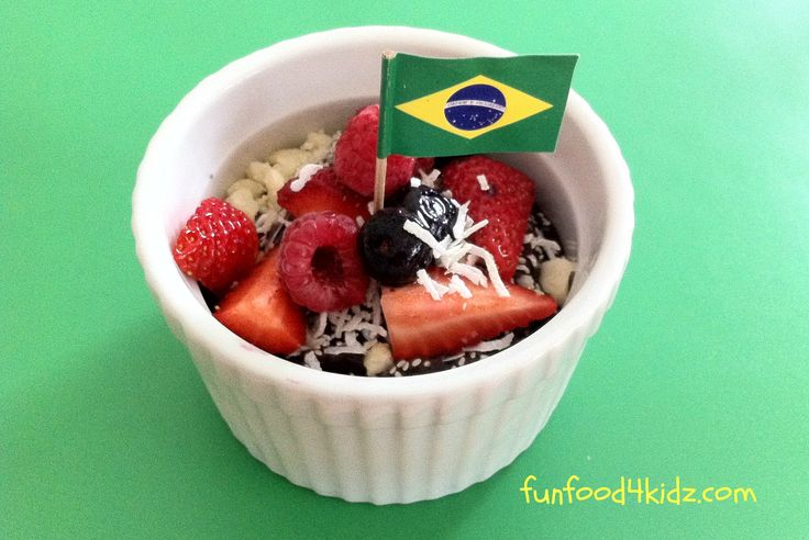 Around The World in 18 Breakfasts, Week 2: Brazil - Acai bowls