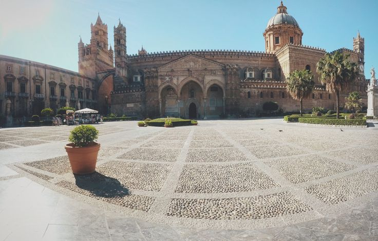 Cattedrale di Palermo - By squeezedmind on Instagram #sicily #church #architecture #cathedral #panoramic #photosphere