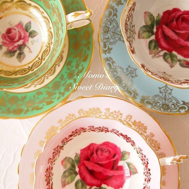 cheerful teacups
