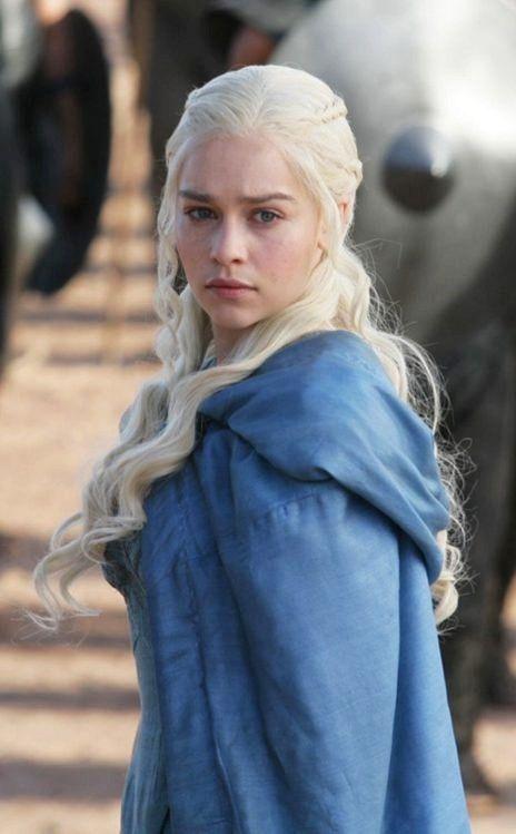 Game of Thrones season 3 pics Khaleesi Daenerys Targaryen