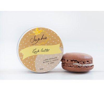 Cafe latte este o crema de maini hidratanta, realizata din unt de cafea, unt de tucuma,ulei de migdale dulci si aloe vera. Miroase delicat a cafea cu vanilie si caramel.