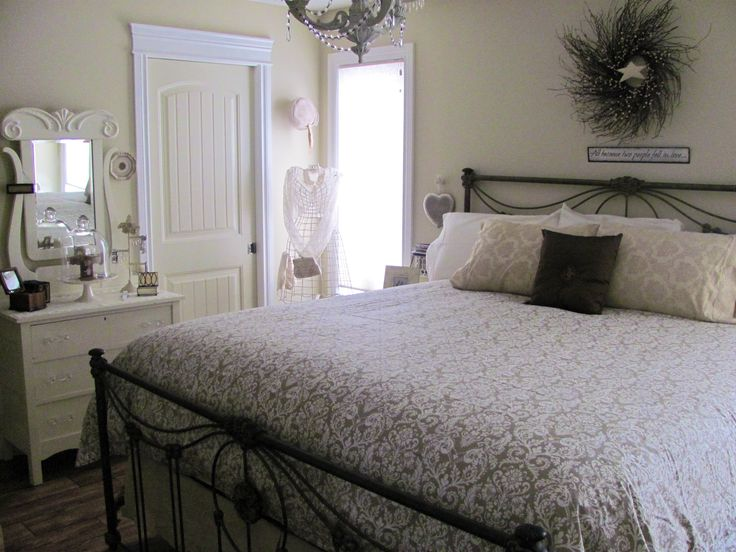 A nice soft Victorian look, is always relaxing.