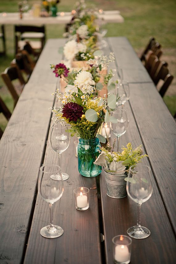 What a lovely picnic style setting!  So relaxed...