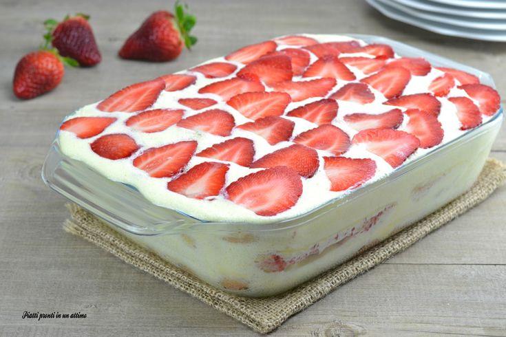 Il tiramisù alle fragole è un dessert dal gusto molto leggero e delicato che piace sia ai grandi, sia ai più piccoli; è anche molto semplice da preparare.
