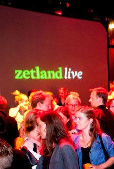 Ole Comoll drawing live on stage at Zetland Live 2. Skuespilhuset, Copenhagen 2012.