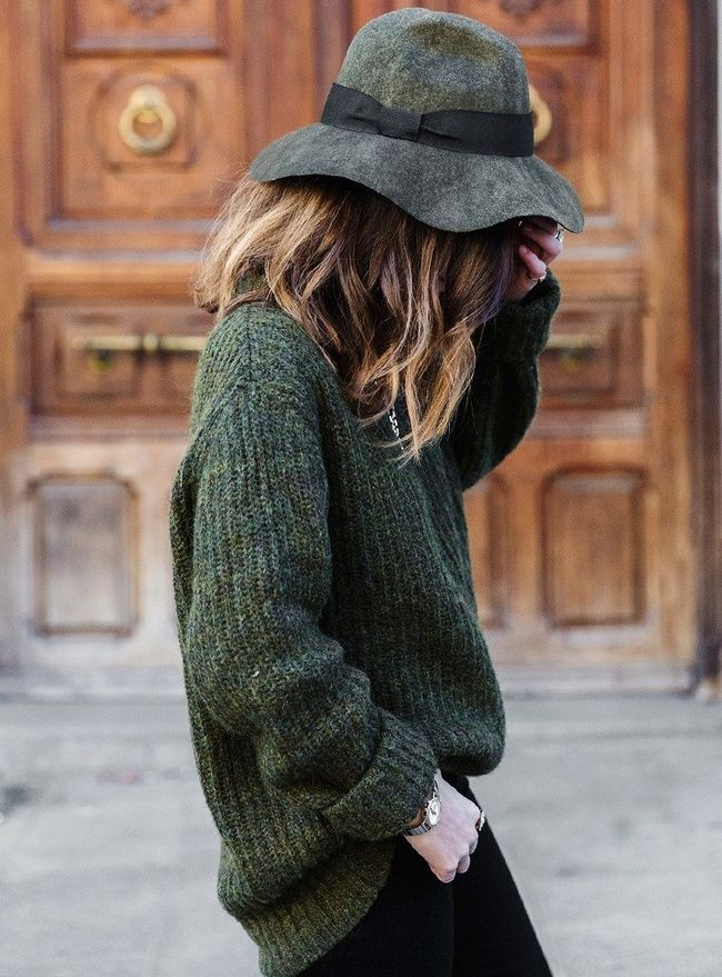 Chapeau mou + épais pull kaki = le bon mix (Pull Zara - blog Collage Vintage)
