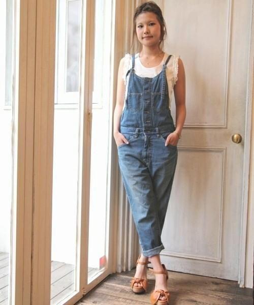 30代女子注目★トレンドのデニムをサロペットで楽しもう♥大人ガーリーなコーデ集|マシマロ