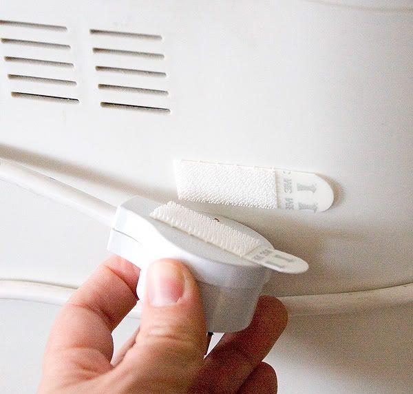 Enroulez les cordons autour de vos appareils inutilisés et le fixer avec du velcro.