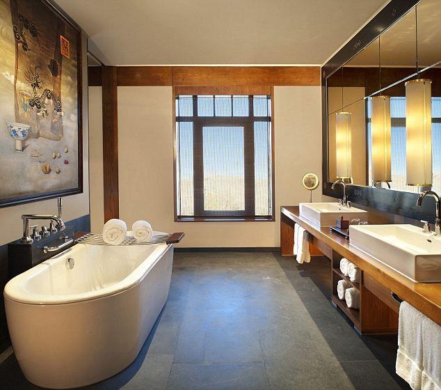 26 best five star luxury images on pinterest luxury for 5 star hotel bathroom designs