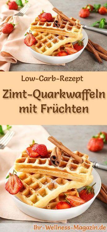 Kohlenhydratarme Zimt-Quark-Waffeln mit Frucht – gesundes Rezept zum Frühstück