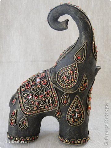 Поделка изделие Папье-маше Слонотворение Бисер Бумага Клей Краска Салфетки фото 1