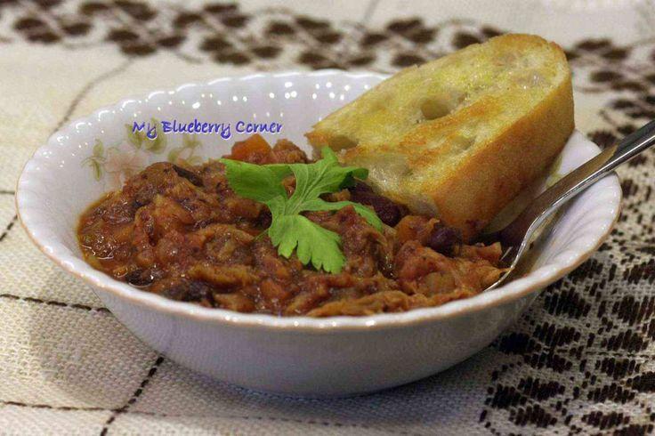 Toskańska zupa kapuściana z fasolą (Zuppa di cavolo con fagioli) - My Blueberry Corner