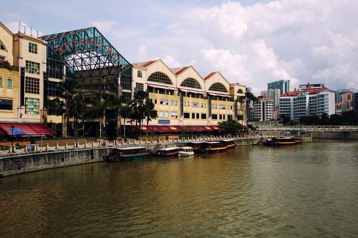 여러 민족이 모여 형성된 도시이기에 복합적인 문화를 엿볼 수 있는 싱가포르. 싱가포르의 밤은 모자이크처럼 곳곳에 다양한 매력을 숨겨두고 있다. | Lexus i-Magazine Ver.5 앱 다운로드 ▶ www.lexus.co.kr/magazine #Lexus #Magazine #singapore