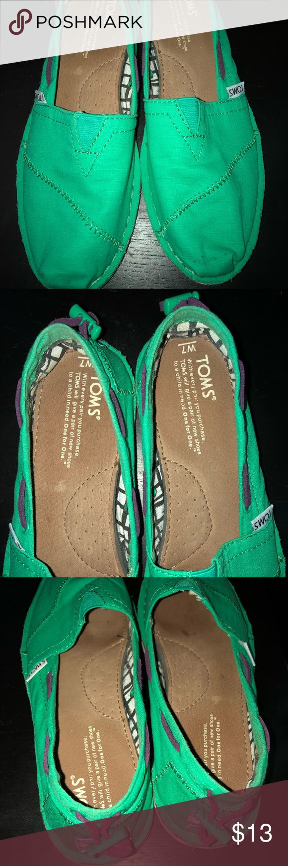 Green women's TOMS size 7 Green TOMS, great condition. Size 7 Toms Shoes Flats & Loafers
