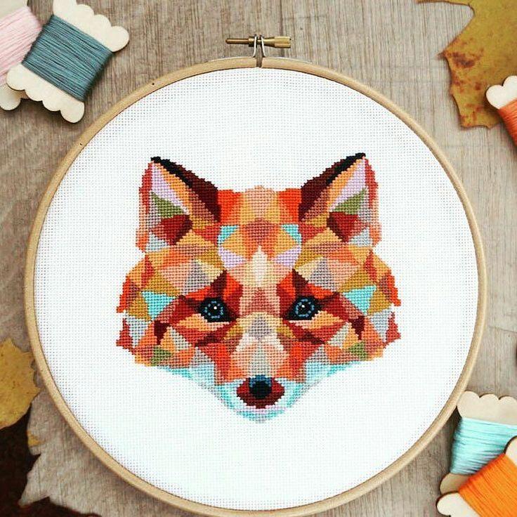 Лиса от @ponystitches на #crossstitchland ________ New #fox ! #вышивкакрестом #crossstitch #crossstitching #xstitch #Pointdecroix