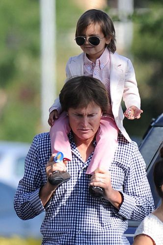 Mason Disick Shows Boys Can Rock Pink, Too