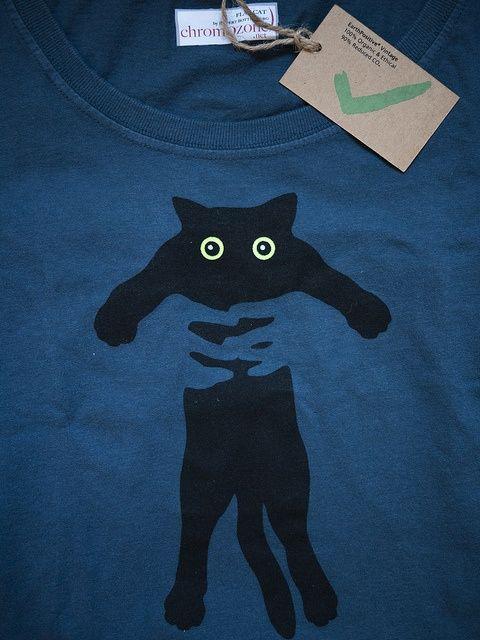 ChromOzone Kitty t-shirt: Photo by Stefanie Kraus #chromozone #tshirt #friki…