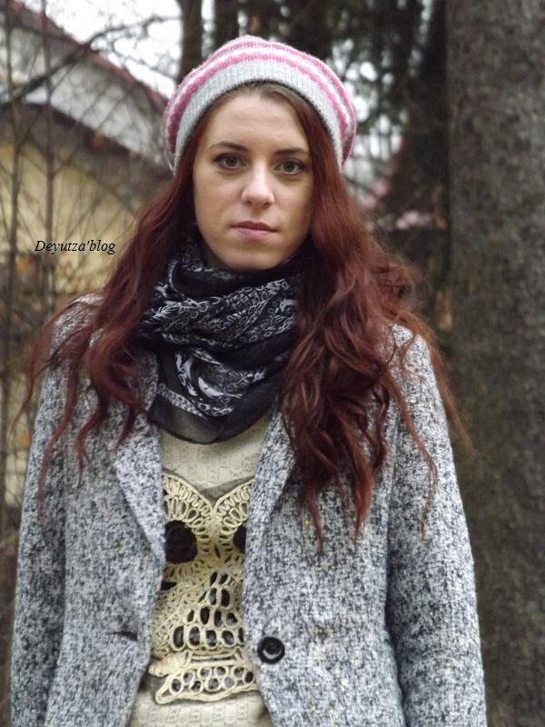 http://www.oasap.com/scarves/46336-dainty-deer-pattern-voile-scarf.html/?fuid=13861