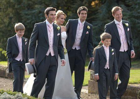Google Image Result for http://www.londonfashion.org.uk/wp-content/uploads/2012/08/mens-grey-suits-for-weddings.jpg