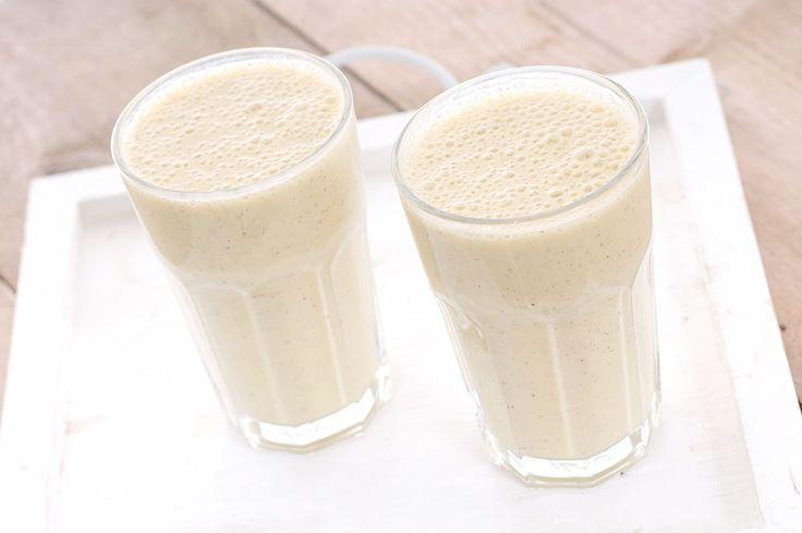 Drinkontbijt van kiwi banaan en sinaasappel-Voedzaam & Snel