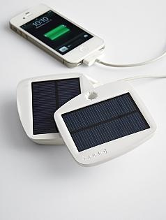 SOLIO™ bolt solar charger + battery