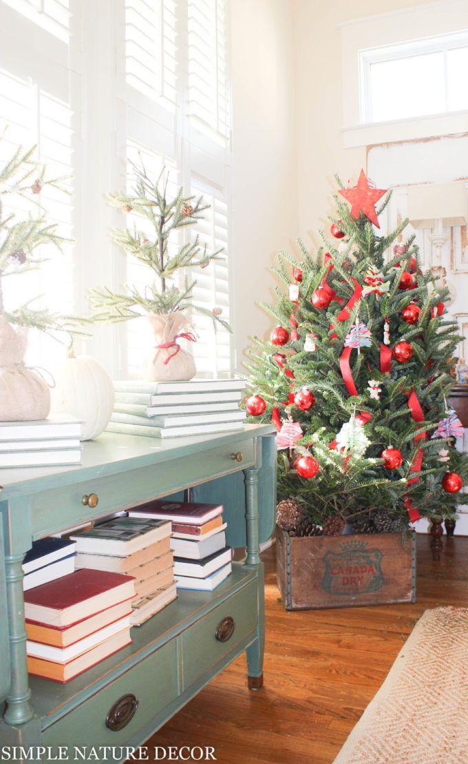 A LITTLE CHRISTMAS COTTAGE 570 best Happy
