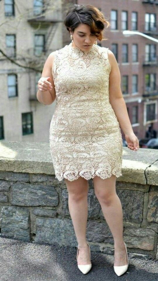 734f182846 Pin by layali lilya on Tendance ronde in 2019   Wedding dresses plus size,  Curvy girl outfits, Curvy girl fashion