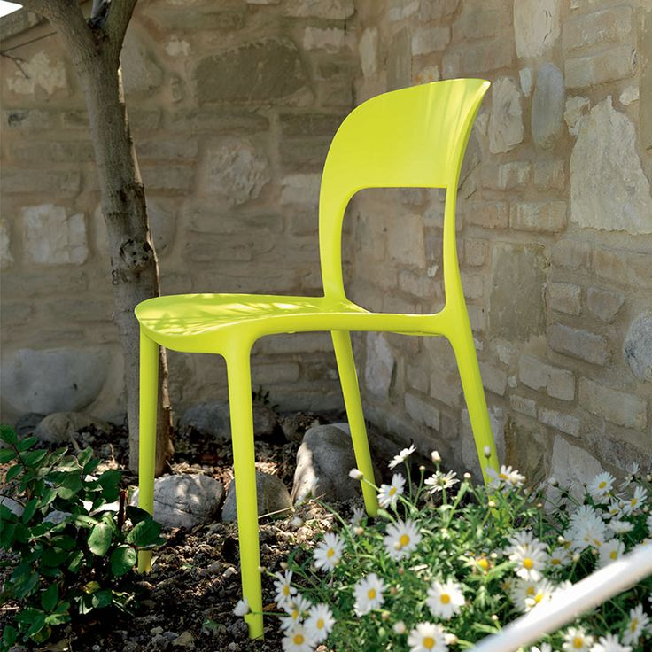 Gipsy Chair by Bontempi Casa - Lime Green Garden Chair http://www.nuastyle.com/outdoor-chairs/713-gipsy-chair-by-bontempi-casa.html