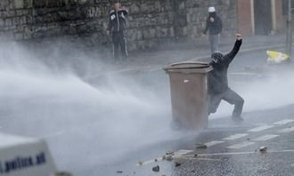 Prevent the use of water cannon by police in mainland UK