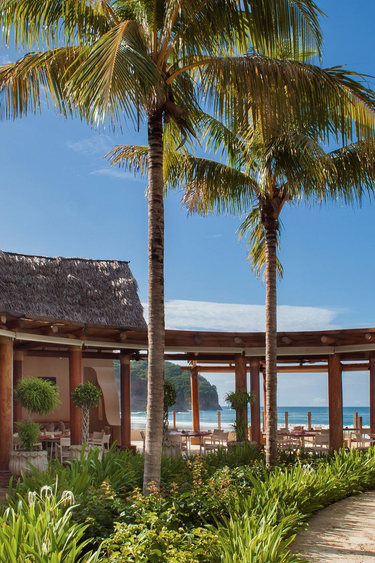 Mukul Beach Golf and Spa - Rivas, Nicaragua - Dine al fresco at La Mesa restaurant, which offers local specialties and American comfort food.