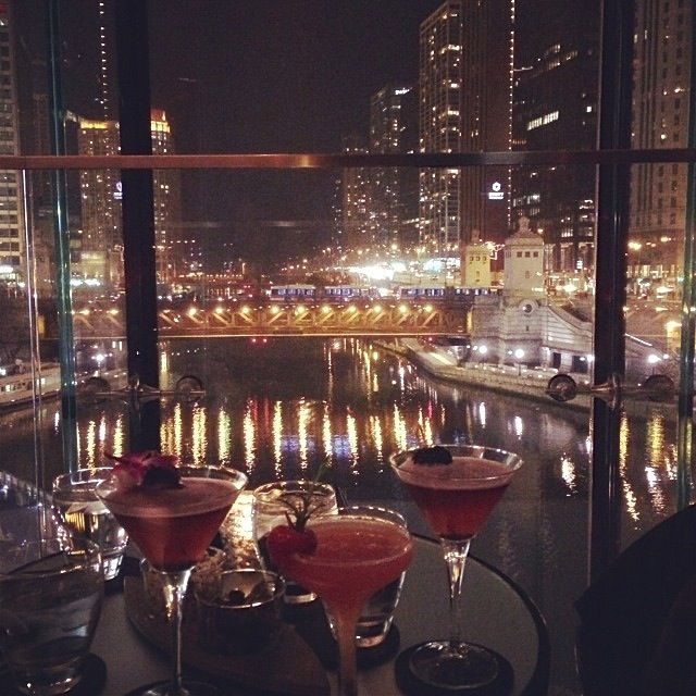 17 Best images about Chicago Views on Pinterest | Lounges, Green ...