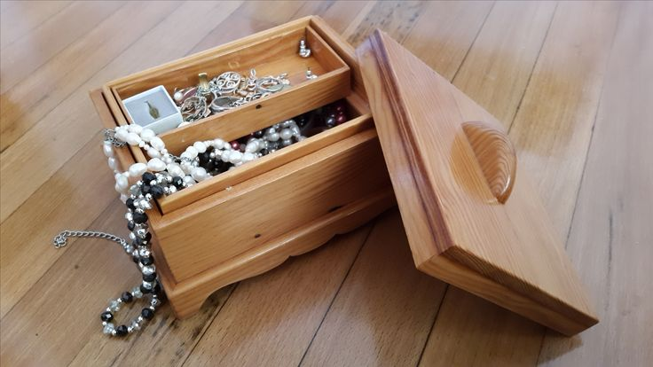 Oregon Pine Jewellery/Keepsake Box