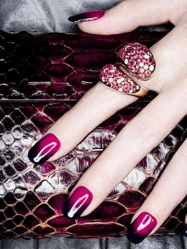 .: Nails Art, Nailart, Nails Design, Nails Colors, Nailpolish, Black Nails, Gradient Nails, Nails Polish, Rings