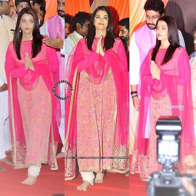 ✨N E W✨ My Pink Lady in @sabyasachiofficial  Aishwarya & Abhishek at Ganesh mandal in Byculla last night [10/09/16] _______________________________________ #Aish #Aishwarya #AishwaryaRai #AishwaryaRaiBachchan #Bachchan #AbhiAish #AbhishekBachchan #JuniorBachchan #Ganesh #Weekend #News #Pink #beauty #actress #model