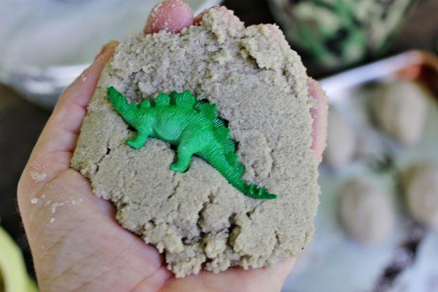 Dinosaur Party Activities « mamaguru