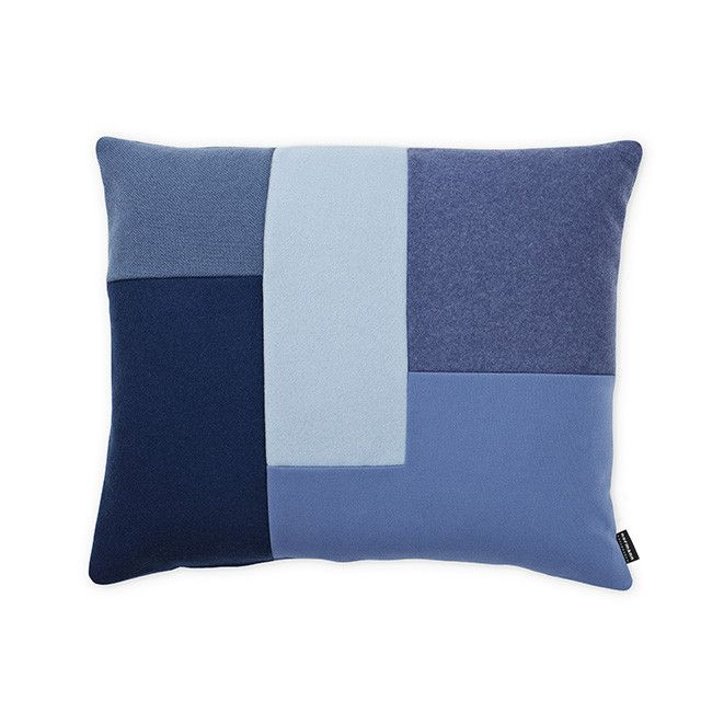 There's no way this blue and grey patchwork cushion won't be the perfect accent in your living room! Brick is a geometrical cushion with a modern and elegant feel that plays with shapes, colors and materials. Inspires by patchwork,