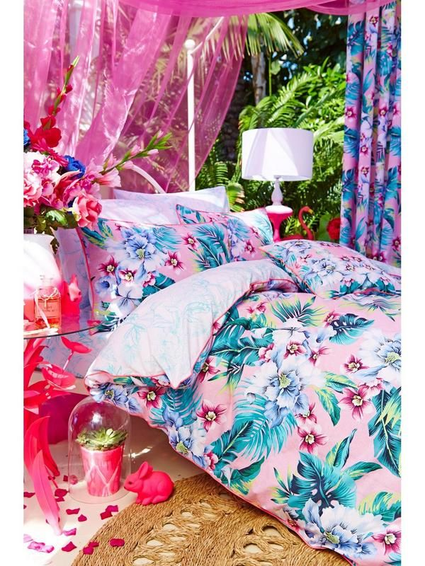 Accessorize Tropical Orchid Square CushionTransform your bedroom into a tropical paradise with the beautiful Tropical Orchidprinted bedding range from Accessorize. This co-ordinating cushion is the perfect addition to the range, and will turn your bed into a tropical centrepiece. Matching bed linen available in Single, Double and King Sizes - cat number 6GGQG.Depth: 0 MMHeight: 0 MMWashing Instructions: Machine WashableWidth: 0 MM