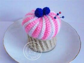 Crochet muffin