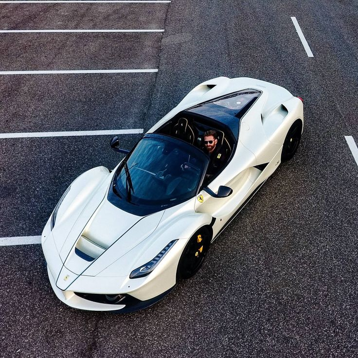 The white LaFerrari Aperta owned by Josh Cartu is simply beautiful!